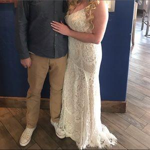 Lulus Bridal Dress